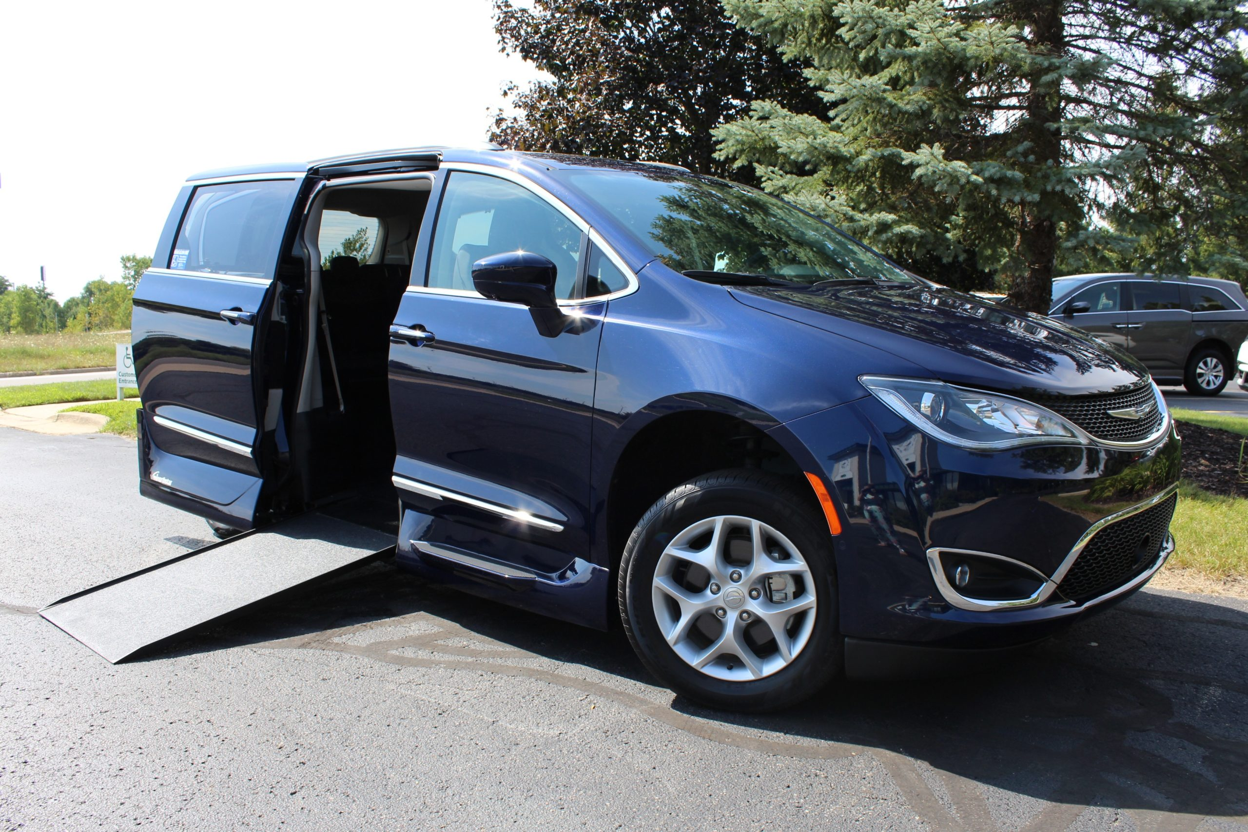 2019 Pacifica 7521 3.4 front ramp