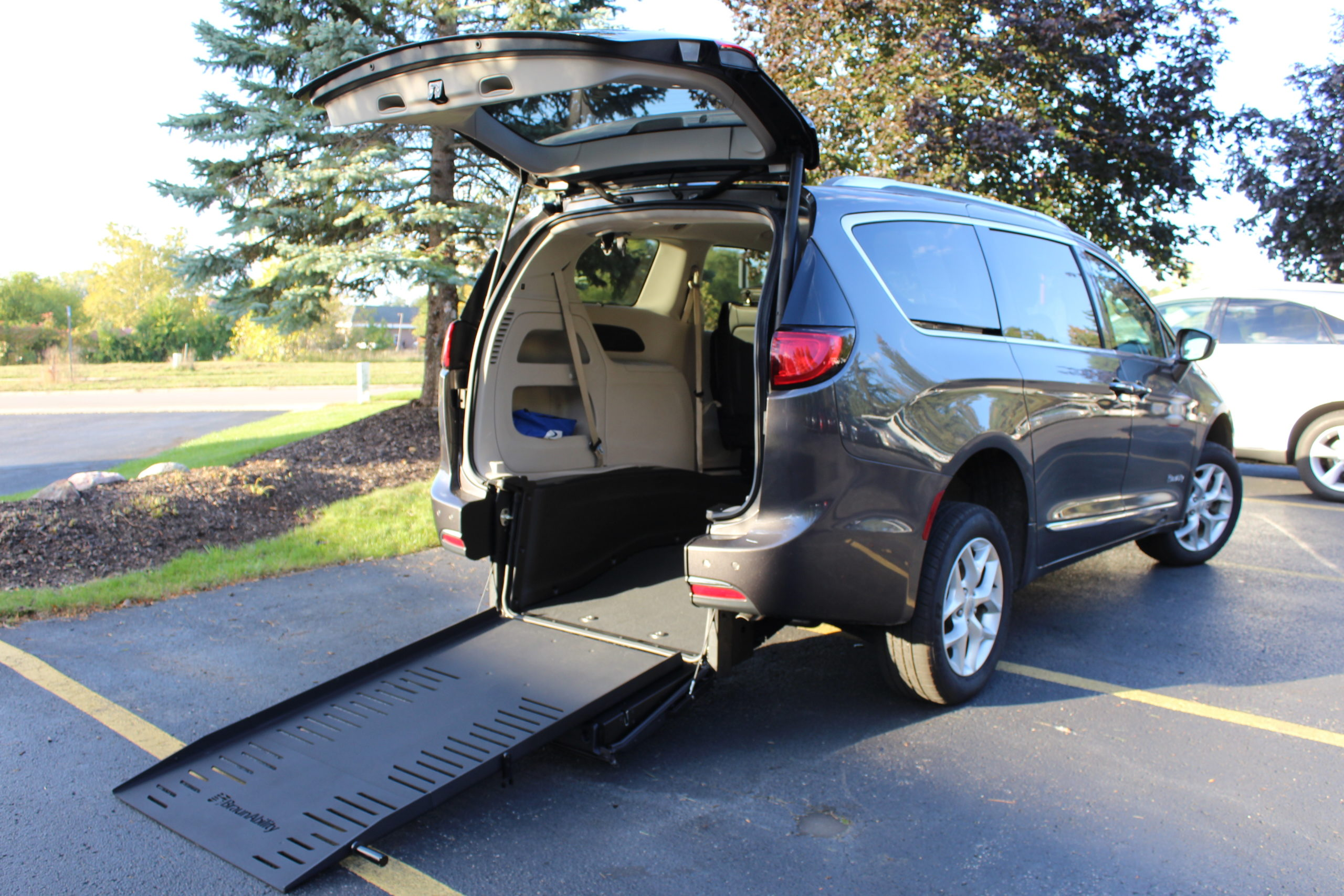 2017 Granite Chrysler Pacifica Touring L Plus with BraunAbility RE Conversion